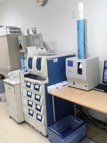 自動採血管準備装置